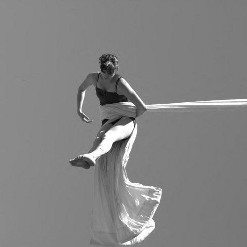 Silks classes Perth Aline Chapet Batlle battle a line in the air silks circus cirquest